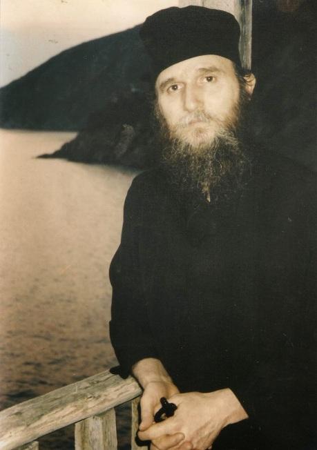 π. Νεκτάριος
